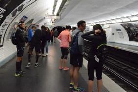 7h du matin dans le métro, que des coureurs :D