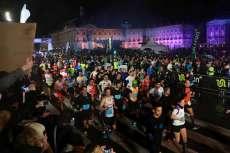 Plus de 20 000 coureurs se sont elancés peu après 20h