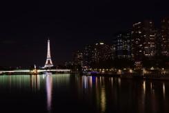 Arrivée sur Paris de nuit